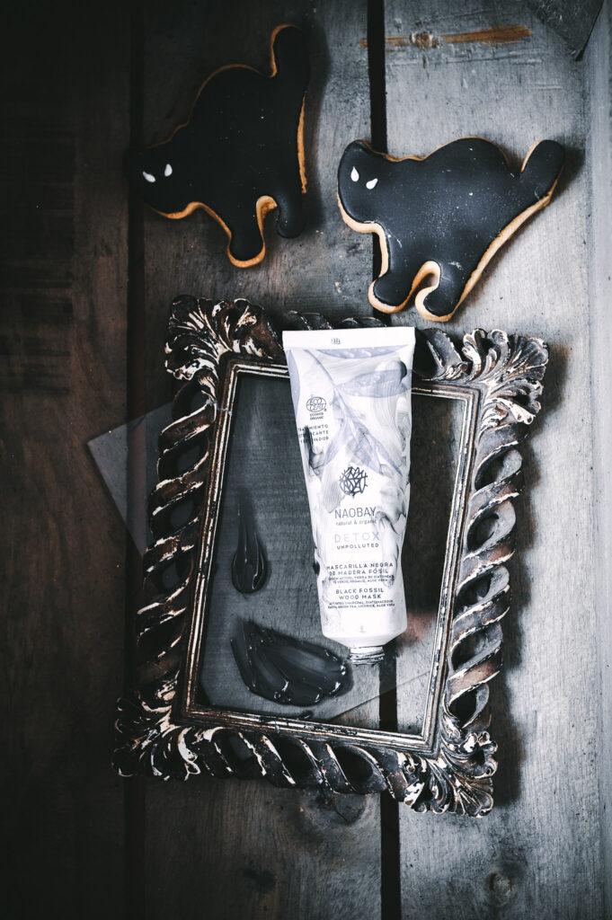 Detox Black Fossil Wood Mask