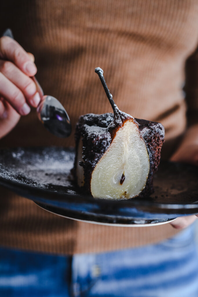 Fetta di torta di pere